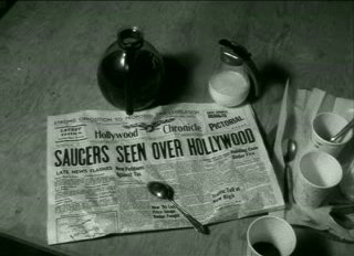 [Saucers seen over Hollywood]