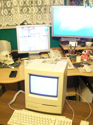 [I told you I own a Macintosh Classic!]