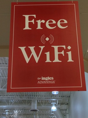 [WTF Ingles?  Wi-Fi?  You are a grocery store! Really?  Wi-Fi?  Now I'm upset!  At home, Publix doesn't even offer Wi-Fi (as far as I know).]